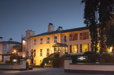 Sandymount Hotel - Sandymount Exterior