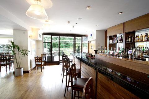 Sandymount Hotel - Bar