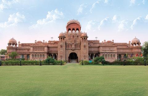 Laxmi Niwas Palace Historic Hotels Worldwide - Laxmi Niwas Palace Expanse