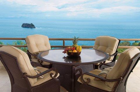 Parador Resort & Spa - PacificVistaSuite