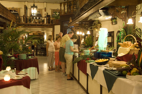 Parador Resort & Spa - Dinning