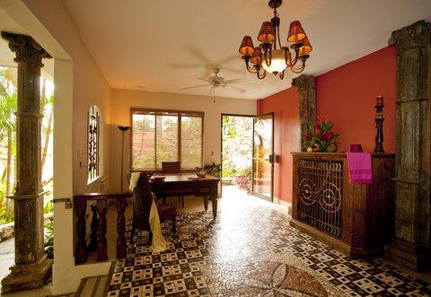 Parador Resort & Spa - Suite Lobby