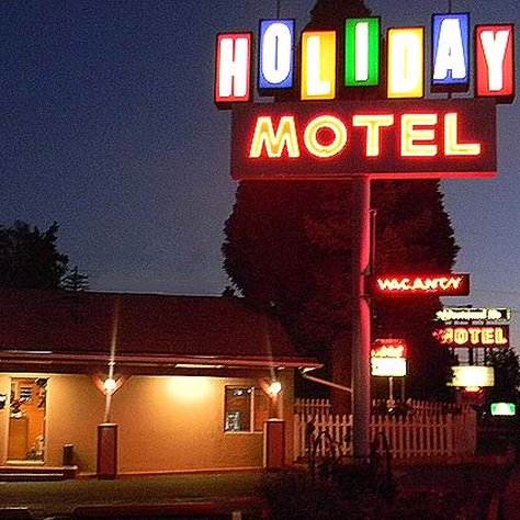 Holiday Motel - Bend, OR