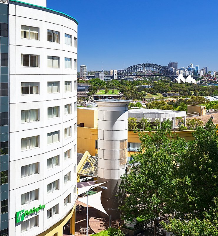 Holiday Inn Potts Point-Sydney Vista exterior