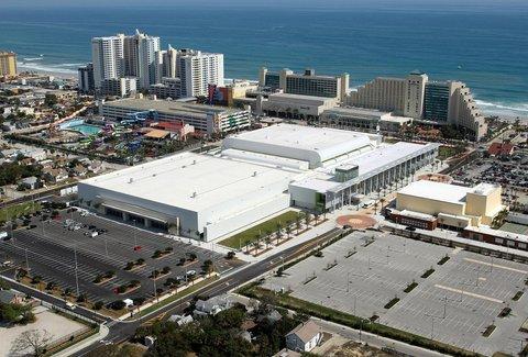 Hilton Daytona BeachResort-Ocean Walk Village - Ocean Center View
