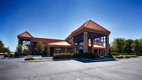 BEST WESTERN Vista Inn at the Airport - Exterior