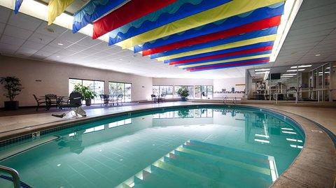 BEST WESTERN Vista Inn at the Airport - Pool