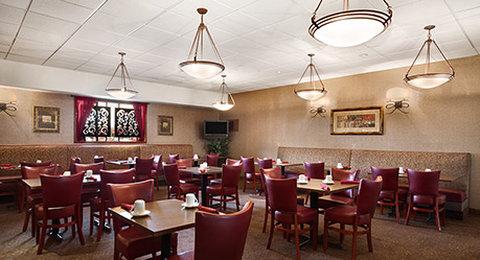 Wyndham Garden Wichita Downtown - Flight Deck Restaurant