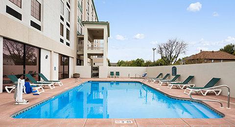 Wyndham Garden Wichita Downtown - Outdoor Pool-Hot Tub