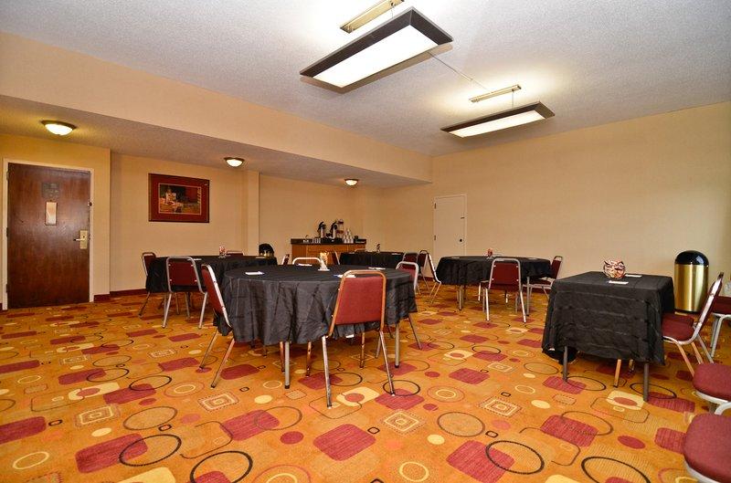 Holiday Inn Express BURLINGTON - Burlington, NC