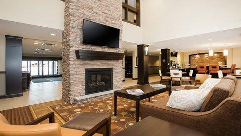 Staybridge Suites WEST EDMONTON - Hotel Lobby