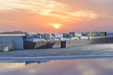 Boheme Hotel - Restaurant - Swimming Pool