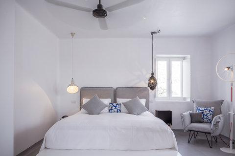 Boheme Hotel - Bedroom
