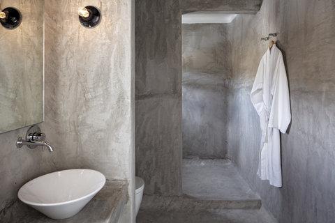 Boheme Hotel - Bathroom