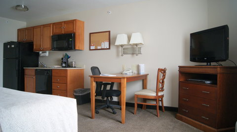 Candlewood Suites POLARIS - Single Bed Guest Room