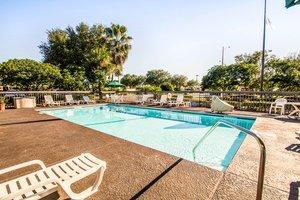 Pool - Quality Inn Orange Park Jacksonville
