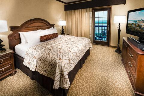 Chateau on the Lake Resort and Spa - Ambassador Suite Lake