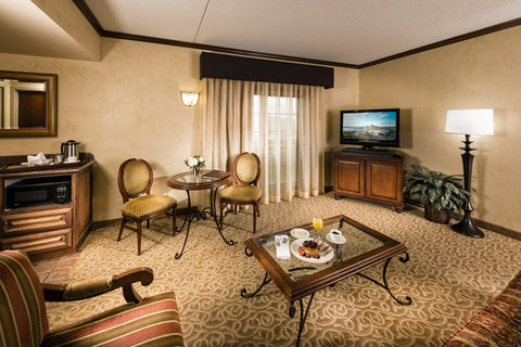 Chateau on the Lake Resort and Spa - Ambassador Suite