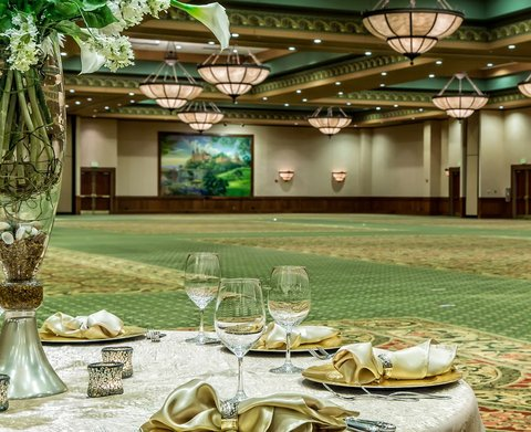 Chateau on the Lake Resort and Spa - Ballroom