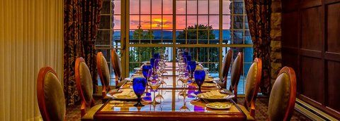 Chateau on the Lake Resort and Spa - Private Dining Room