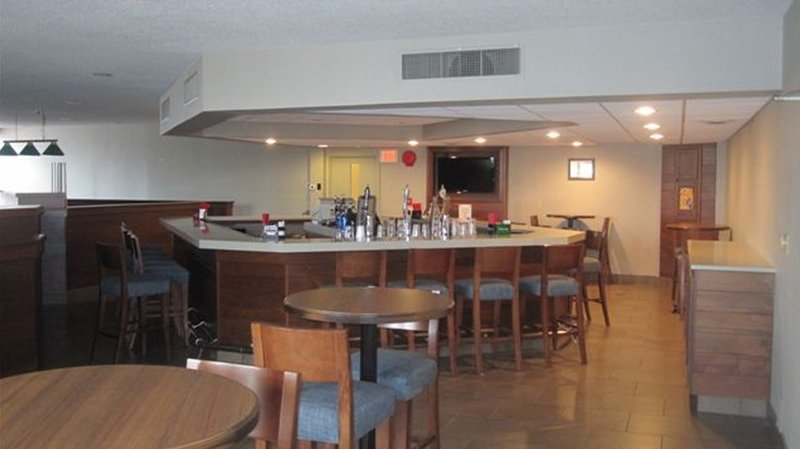 Anthony's Restaurant And Lounge - Lowman, NY