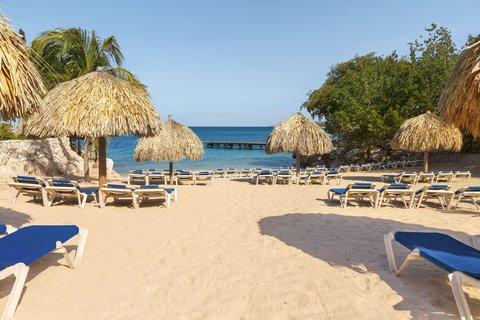 Curacao Hilton Hotel - Main beach