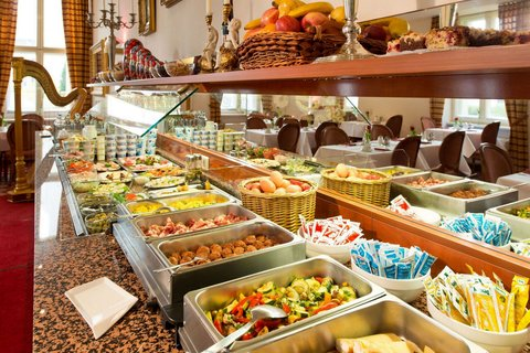 Hotel & Apartments Zarenhof Berlin Prenzlauer Berg - Breakfast buffet