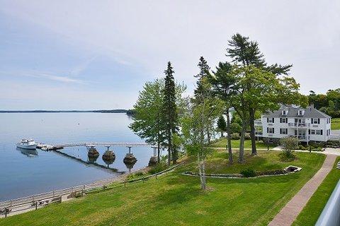 Atlantic Oceanside Hotel and C - trees