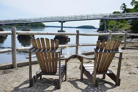 Atlantic Oceanside Hotel and C - deckchairs2