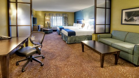 Holiday Inn Express & Suites PITTSBURGH SW - SOUTHPOINTE - Superior Room