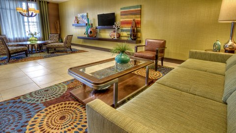 Holiday Inn Express & Suites PITTSBURGH SW - SOUTHPOINTE - Lobby Lounge