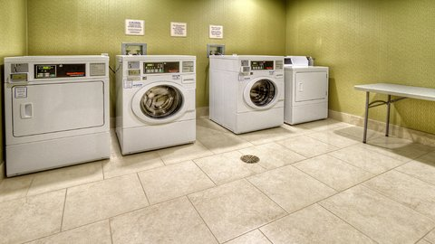 Holiday Inn Express & Suites PITTSBURGH SW - SOUTHPOINTE - Laundry Facility
