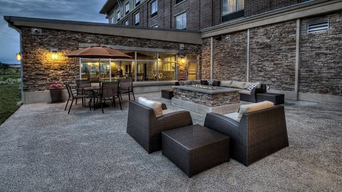 Holiday Inn Express & Suites PITTSBURGH SW - SOUTHPOINTE - Guest Patio