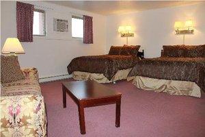 Room - Berkshire Inn Pittsfield