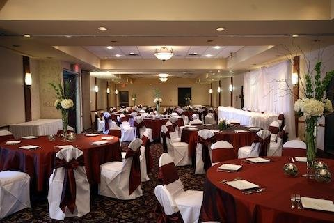 Radisson Riverfront Hotel - Conference