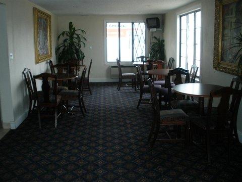 Hometown Inn - Lobby view