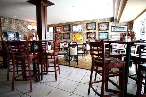 Boca Raton Plaza Hotel and Suites - Restaurant