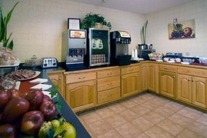 Restaurant - Jacksonville Plaza Hotel & Suites