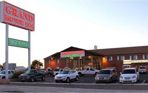 Grand Motor Inn Deming Restaurant - Exterior view