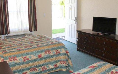 Grand Motor Inn Deming Restaurant - Guest room