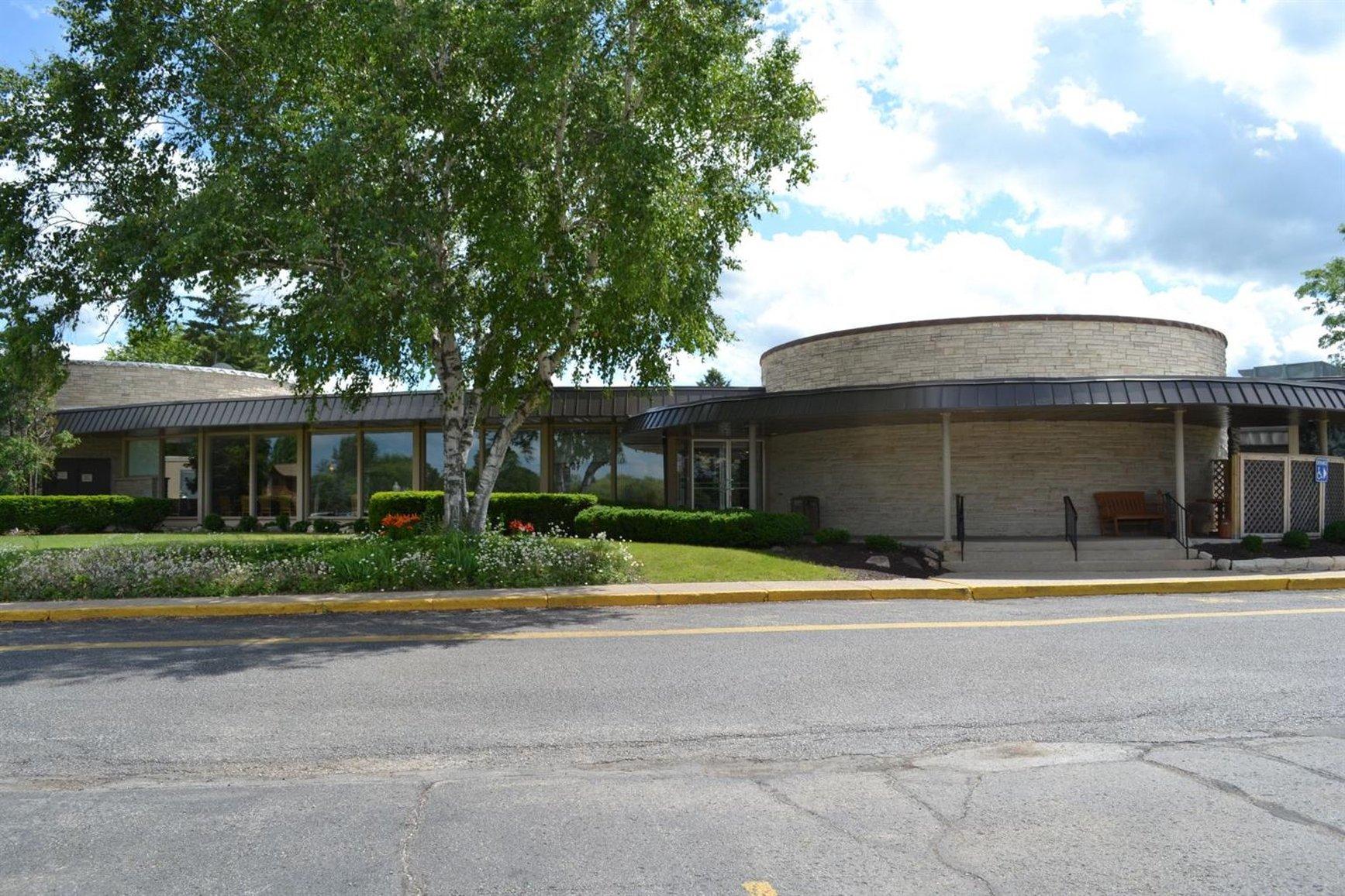 Fox Hills Golf Resort & Conf Center