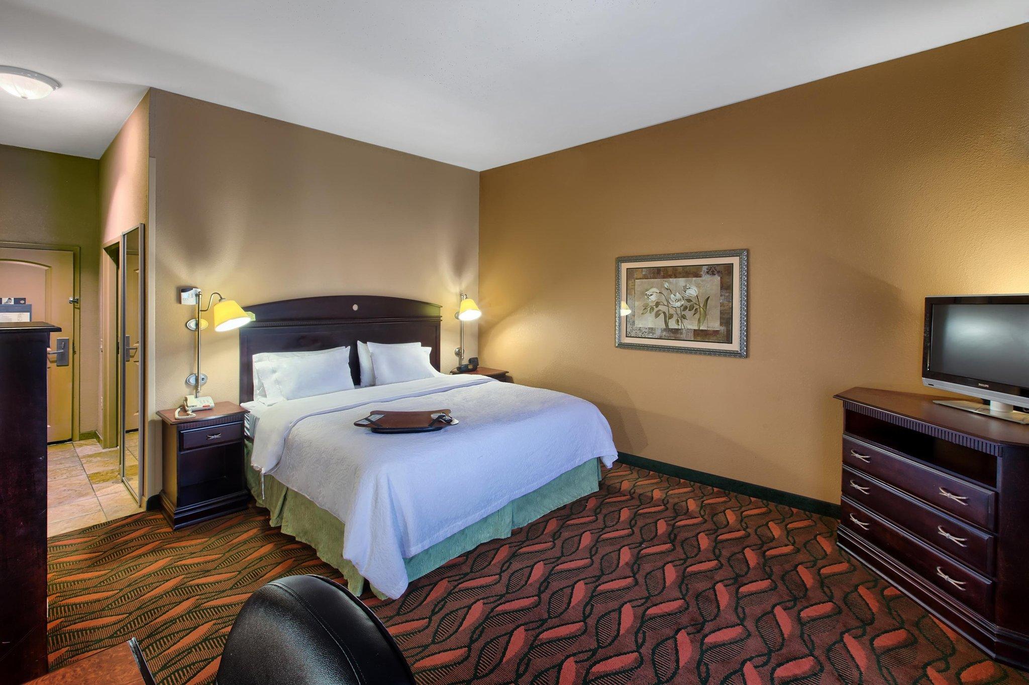 Hampton Inn  Suites Houston  Rosenberg