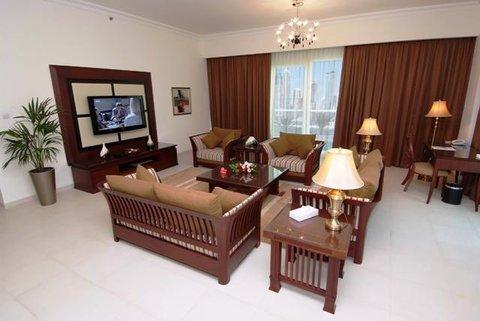 Marina Hotel Apartments - Suite