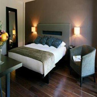 The Twelve Hotel - Guest room