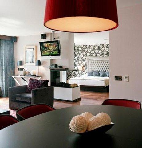 The Twelve Hotel - Suite