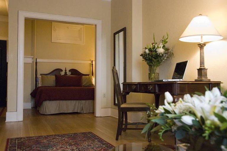 Marqueen Hotel Seattle Hotels - Seattle, WA