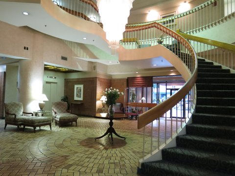 McLure City Center Hotel - Lobby view