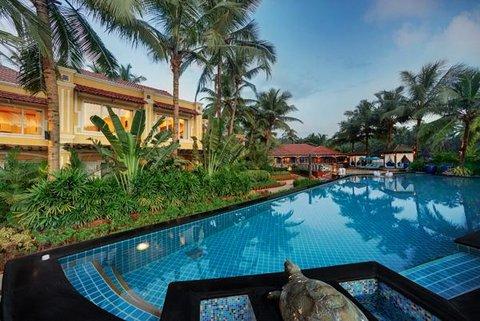Mayfair Hideaway Spa Resort - Pool view