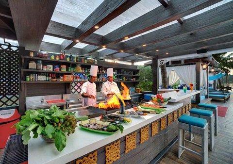 Mayfair Hideaway Spa Resort - Restaurant