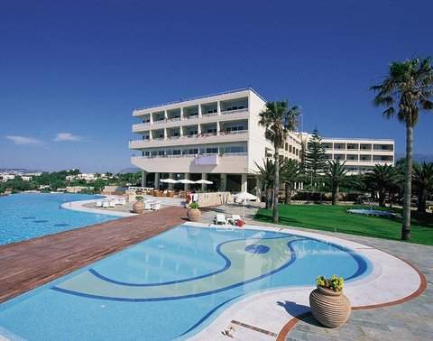 Panorama Hotel - Exterior view